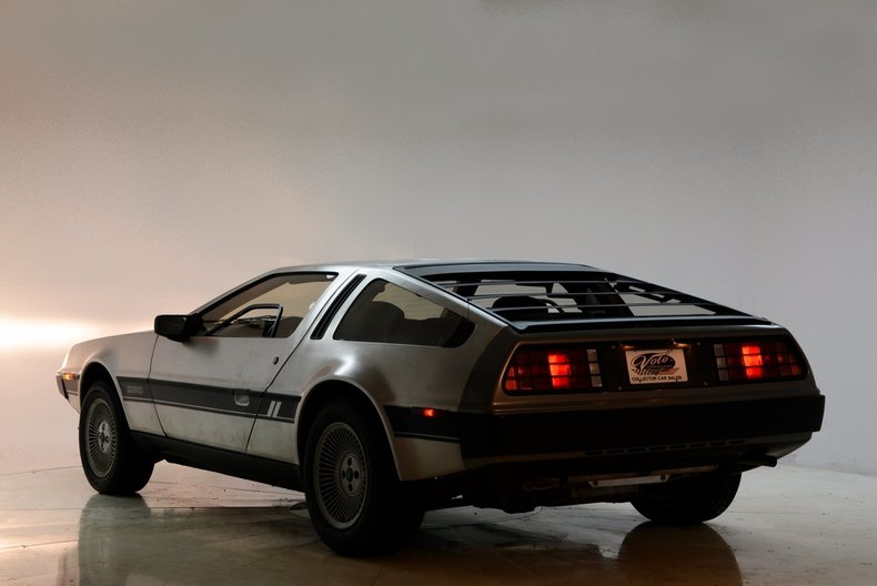 1981 DeLorean DMC-12 Image 16