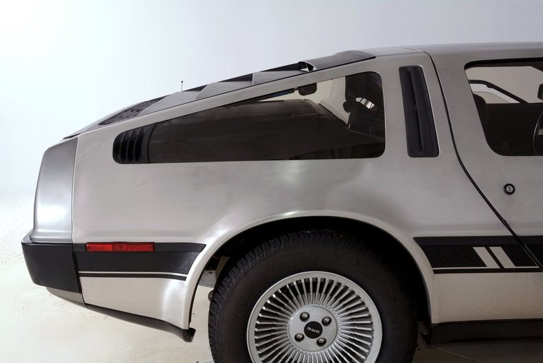 1981 DeLorean DMC-12 Image 17