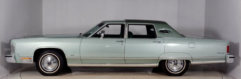 1976 Lincoln Continental Image 25