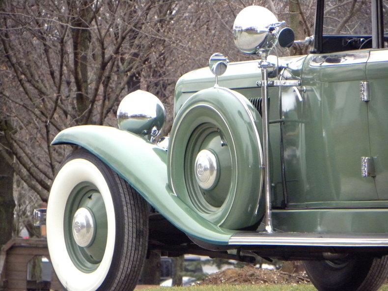 1933 Auburn 12-161A Image 12