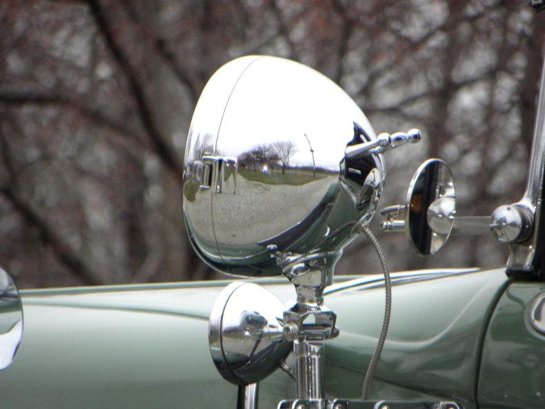 1933 Auburn 12-161A Image 14