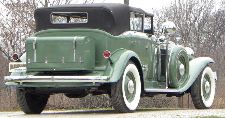 1933 Auburn 12-161A Image 16