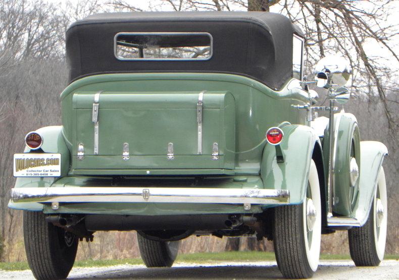 1933 Auburn 12-161A Image 18