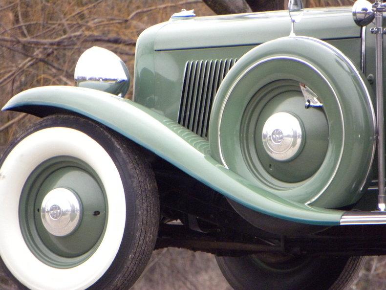 1933 Auburn 12-161A Image 22