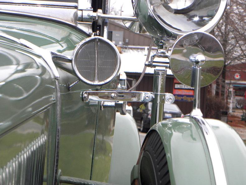 1933 Auburn 12-161A Image 30