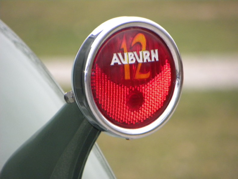 1933 Auburn 12-161A Image 33