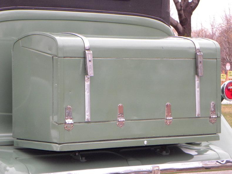 1933 Auburn 12-161A Image 34