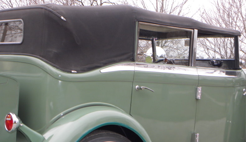 1933 Auburn 12-161A Image 36