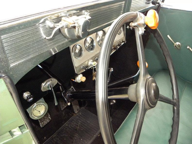 1933 Auburn 12-161A Image 44