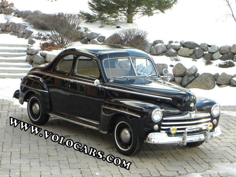 1948 Ford Deluxe Image 1