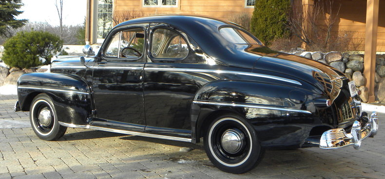 1948 Ford Deluxe Image 4