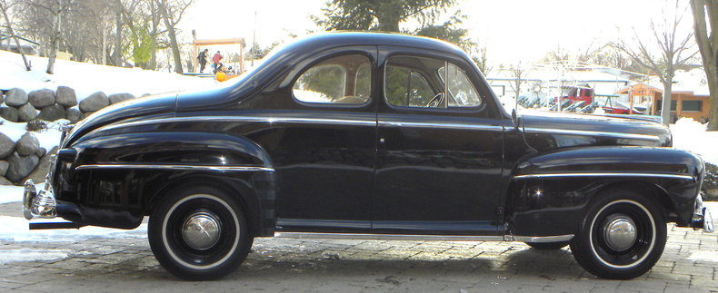 1948 Ford Deluxe Image 7