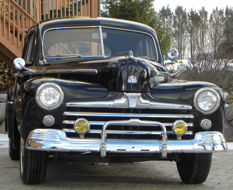1948 Ford Deluxe Image 13