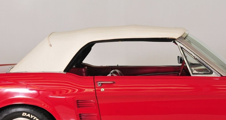 1967 Ford Mustang Image 22