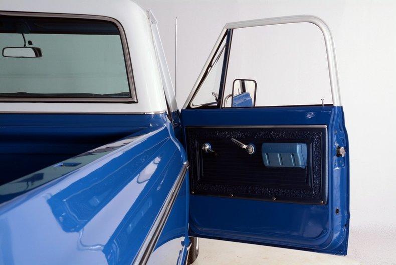 1970 Chevrolet Cheyenne Image 17