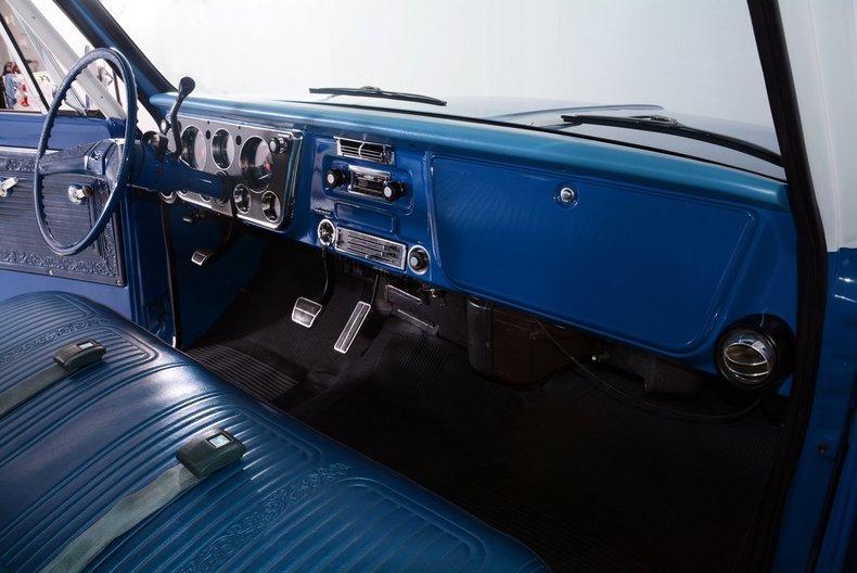 1970 Chevrolet Cheyenne Image 32
