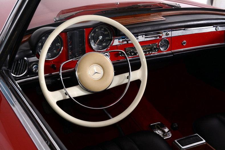 1964 Mercedes-Benz 230SL Image 2