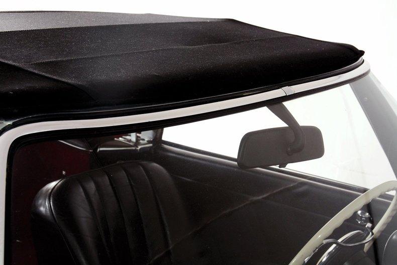 1964 Mercedes-Benz 230SL Image 20