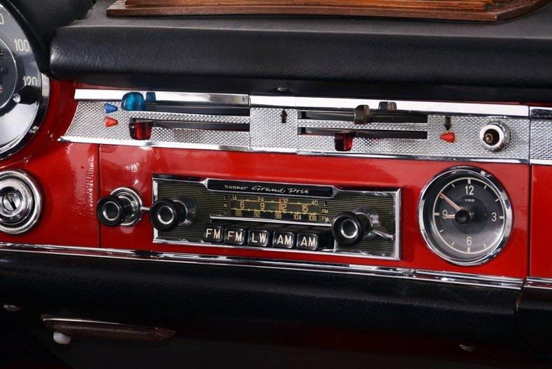 1964 Mercedes-Benz 230SL Image 26