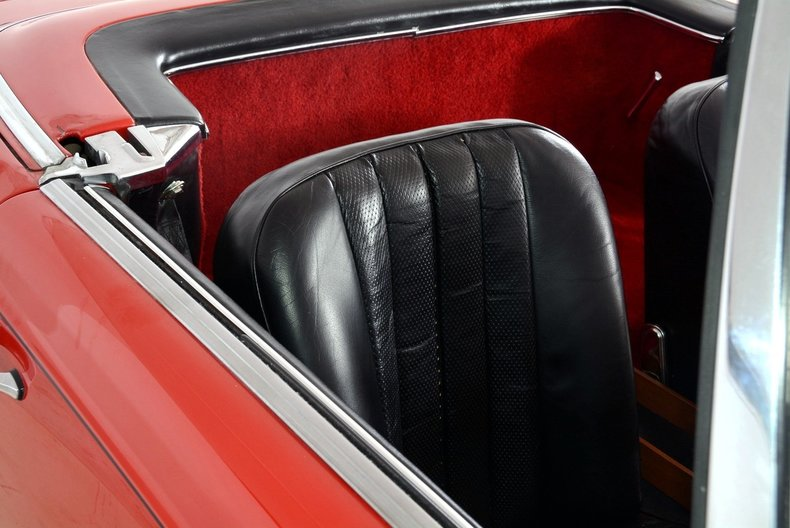 1964 Mercedes-Benz 230SL Image 39