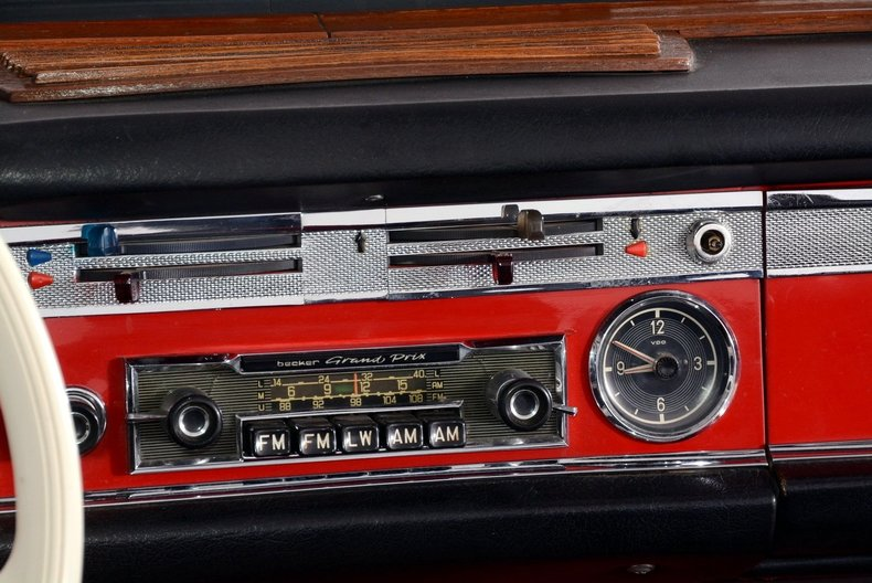 1964 Mercedes-Benz 230SL Image 60