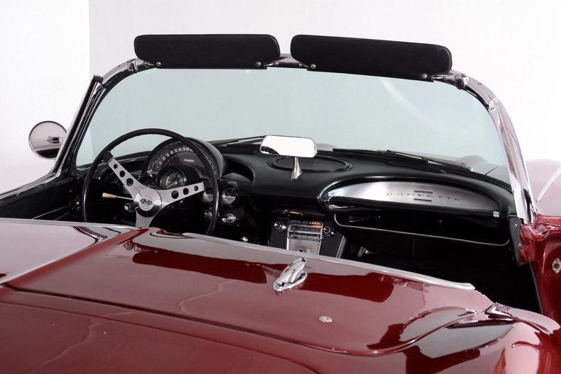 1962 Chevrolet Corvette Image 9