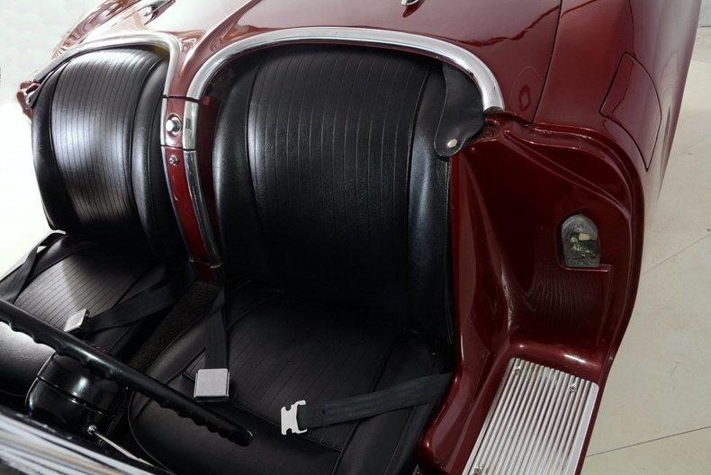 1962 Chevrolet Corvette Image 13