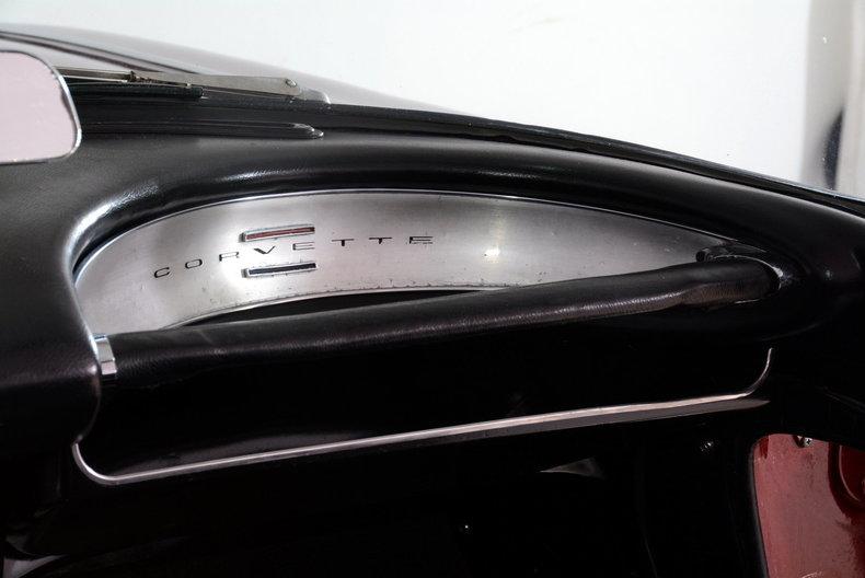 1962 Chevrolet Corvette Image 16