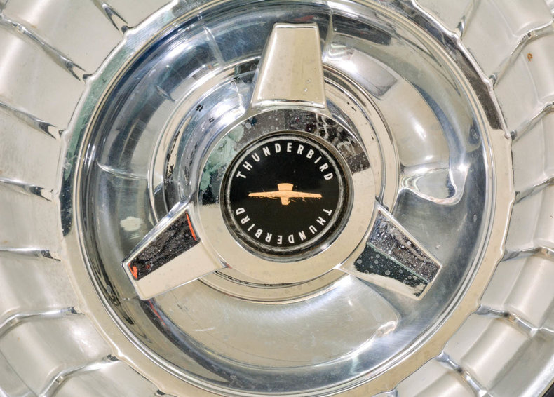 1963 Ford Thunderbird Image 72