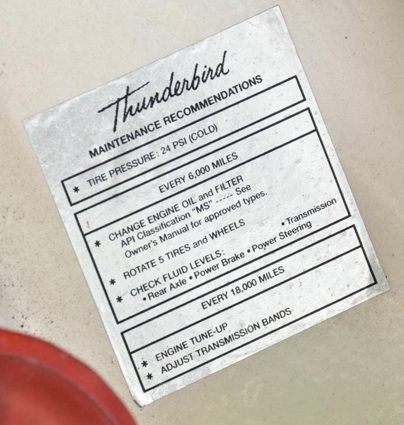 1963 Ford Thunderbird Image 83