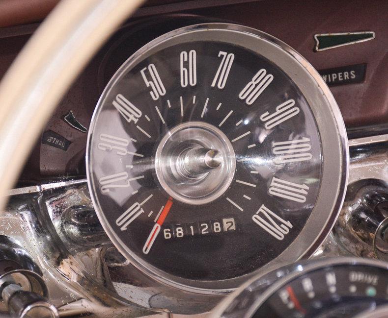 1963 Ford Thunderbird Image 6