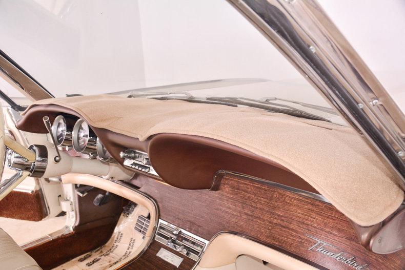 1963 Ford Thunderbird Image 52