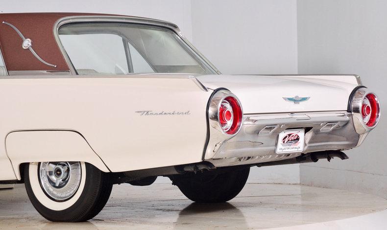 1963 Ford Thunderbird Image 21