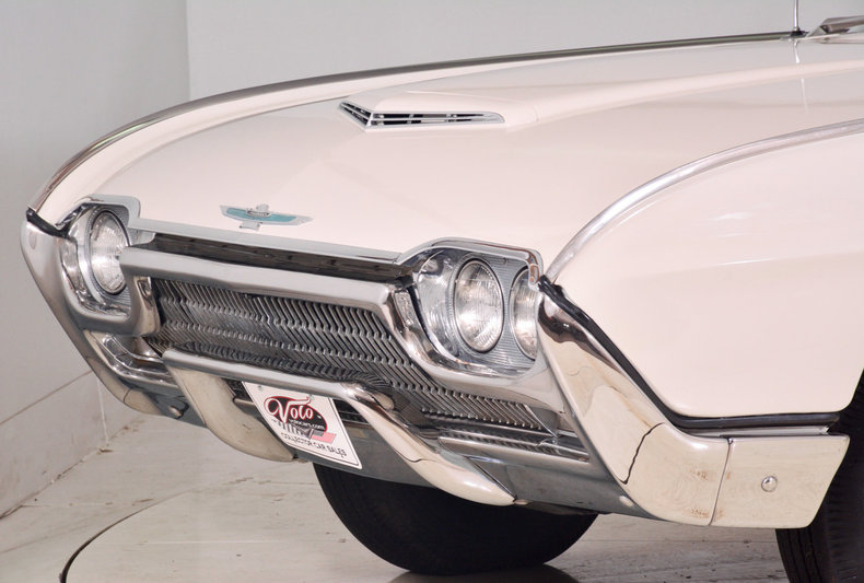 1963 Ford Thunderbird Image 79