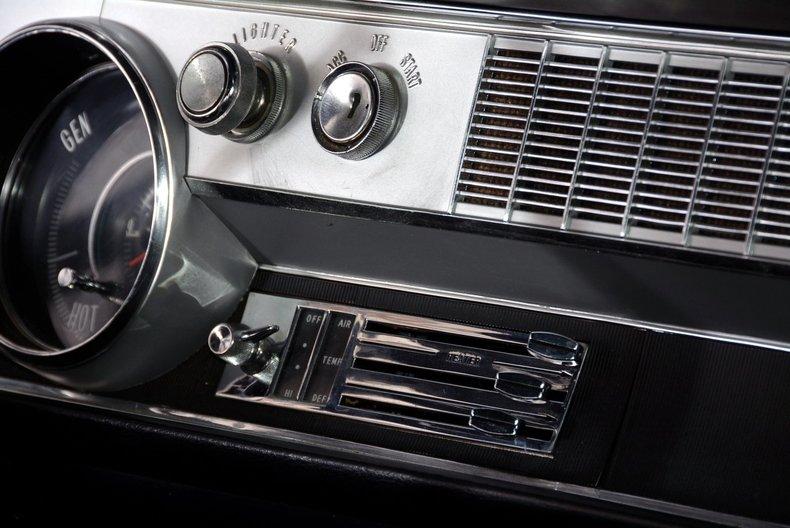 1967 Oldsmobile 442 Image 31