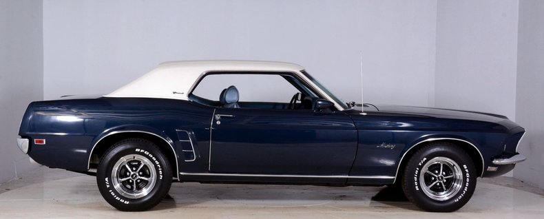 1969 Ford Mustang Image 9