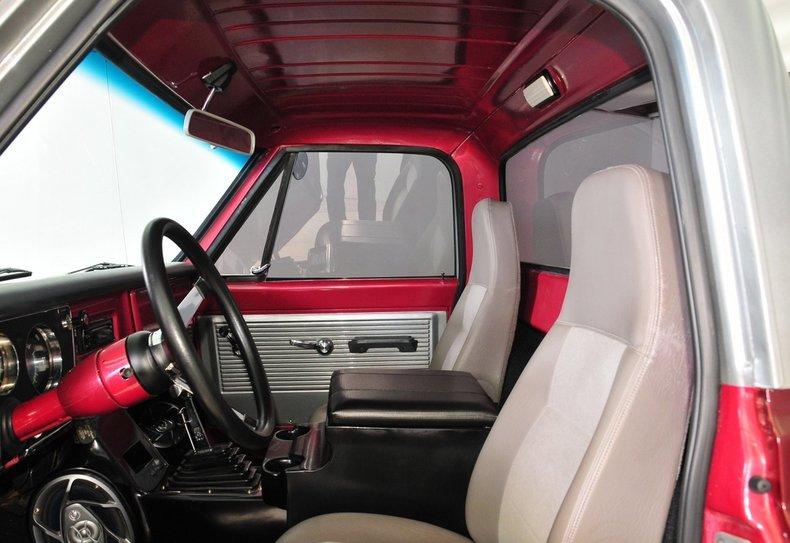1968 Chevrolet C10 Image 35