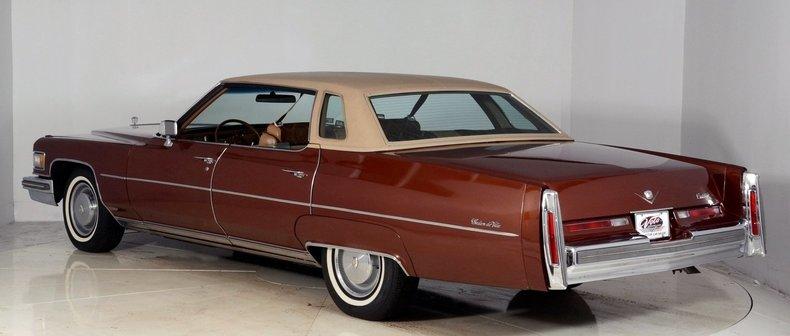 1975 Cadillac Sedan deVille Image 3