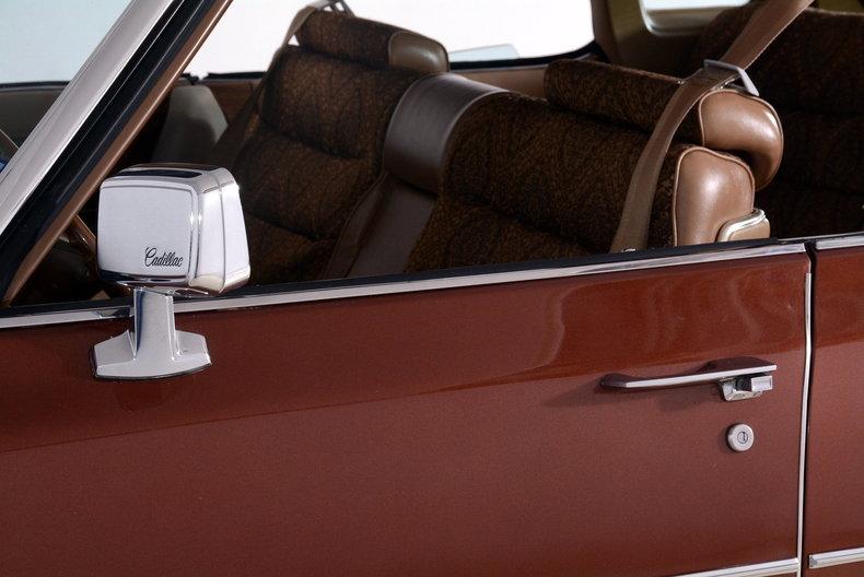 1975 Cadillac Sedan deVille Image 13