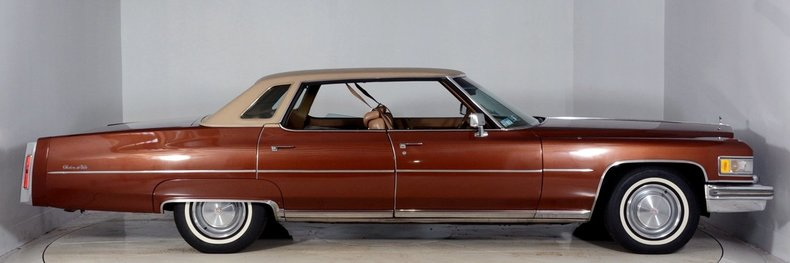 1975 Cadillac Sedan deVille Image 14