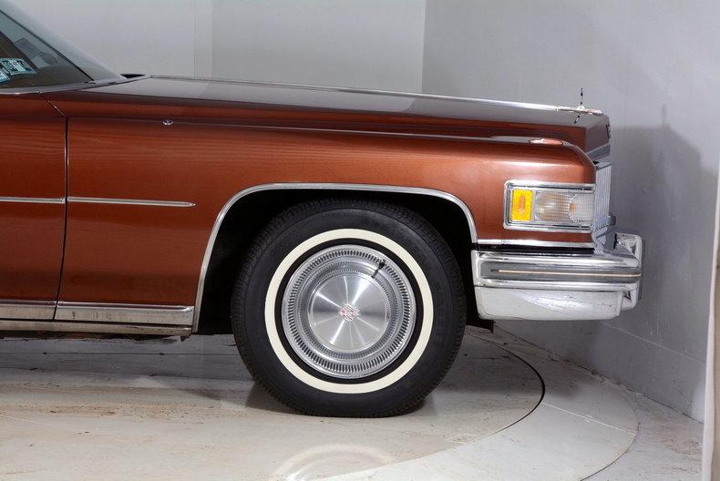 1975 Cadillac Sedan deVille Image 15