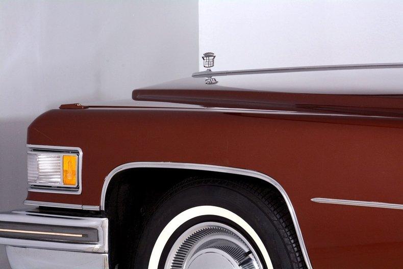 1975 Cadillac Sedan deVille Image 22