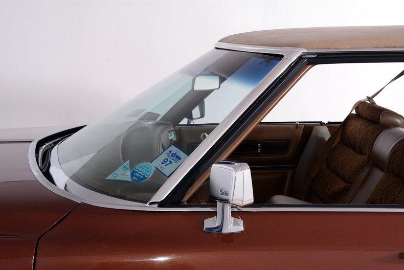 1975 Cadillac Sedan deVille Image 25