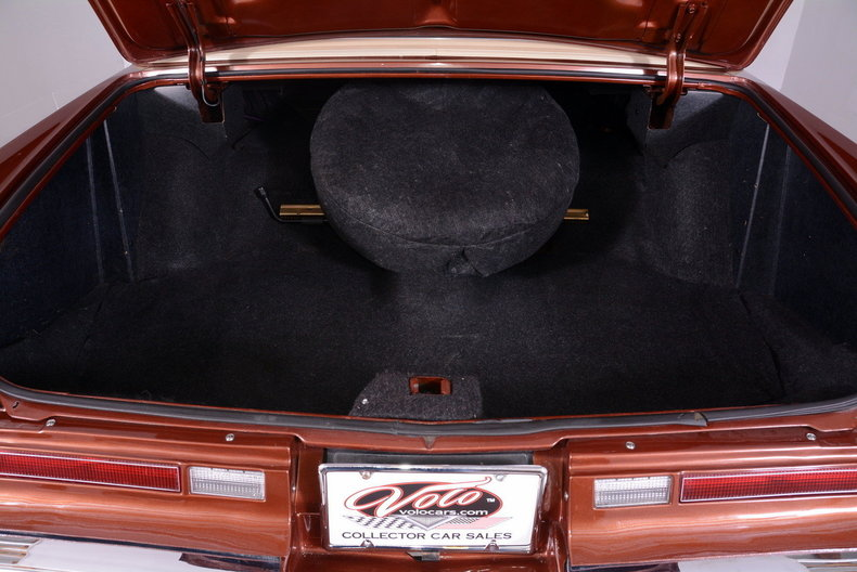 1975 Cadillac Sedan deVille Image 38