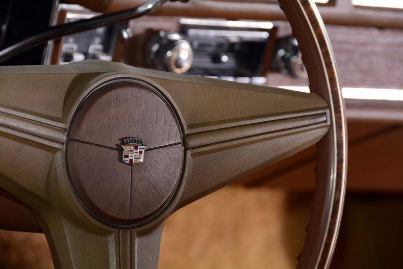 1975 Cadillac Sedan deVille Image 40