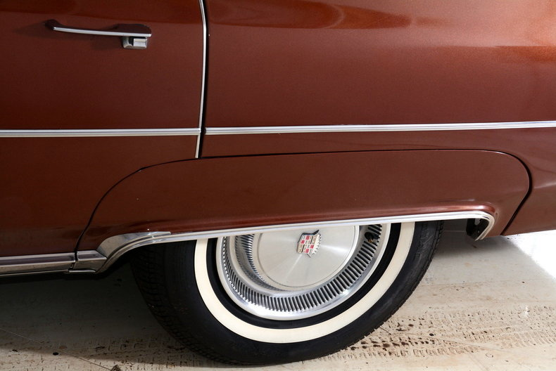 1975 Cadillac Sedan deVille Image 44