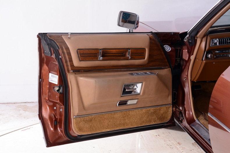 1975 Cadillac Sedan deVille Image 46