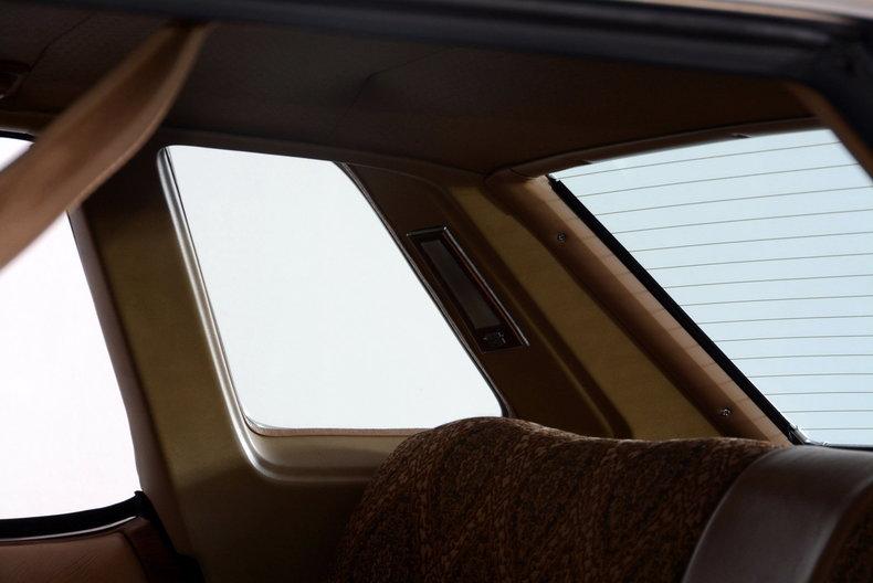 1975 Cadillac Sedan deVille Image 53