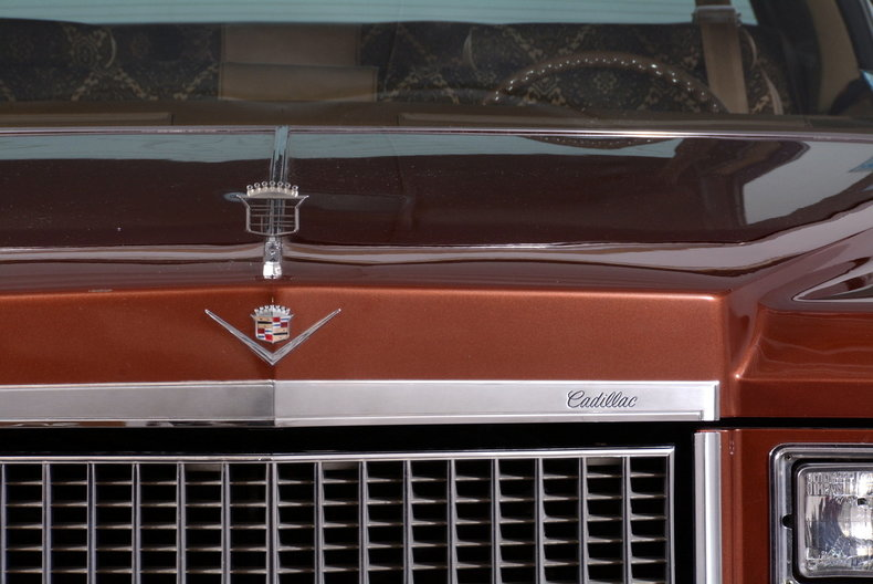 1975 Cadillac Sedan deVille Image 60