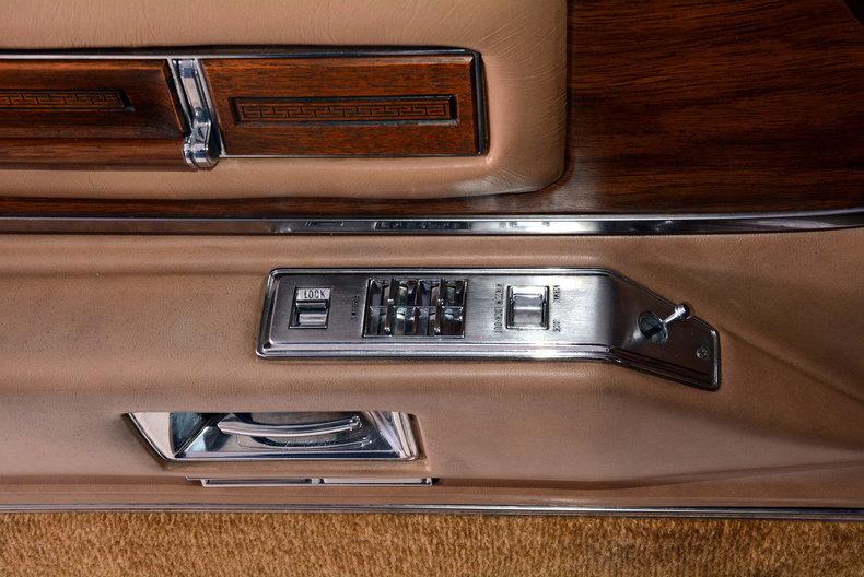 1975 Cadillac Sedan deVille Image 65